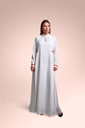 ثوب من قماش الكريب الخفيف مستوحاة من منطقة الحجاز