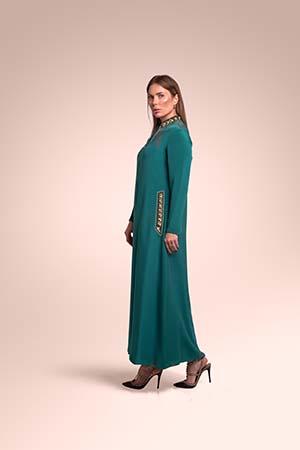 ثوب من قماش الكريب مستوحاة من منطقة الحجاز